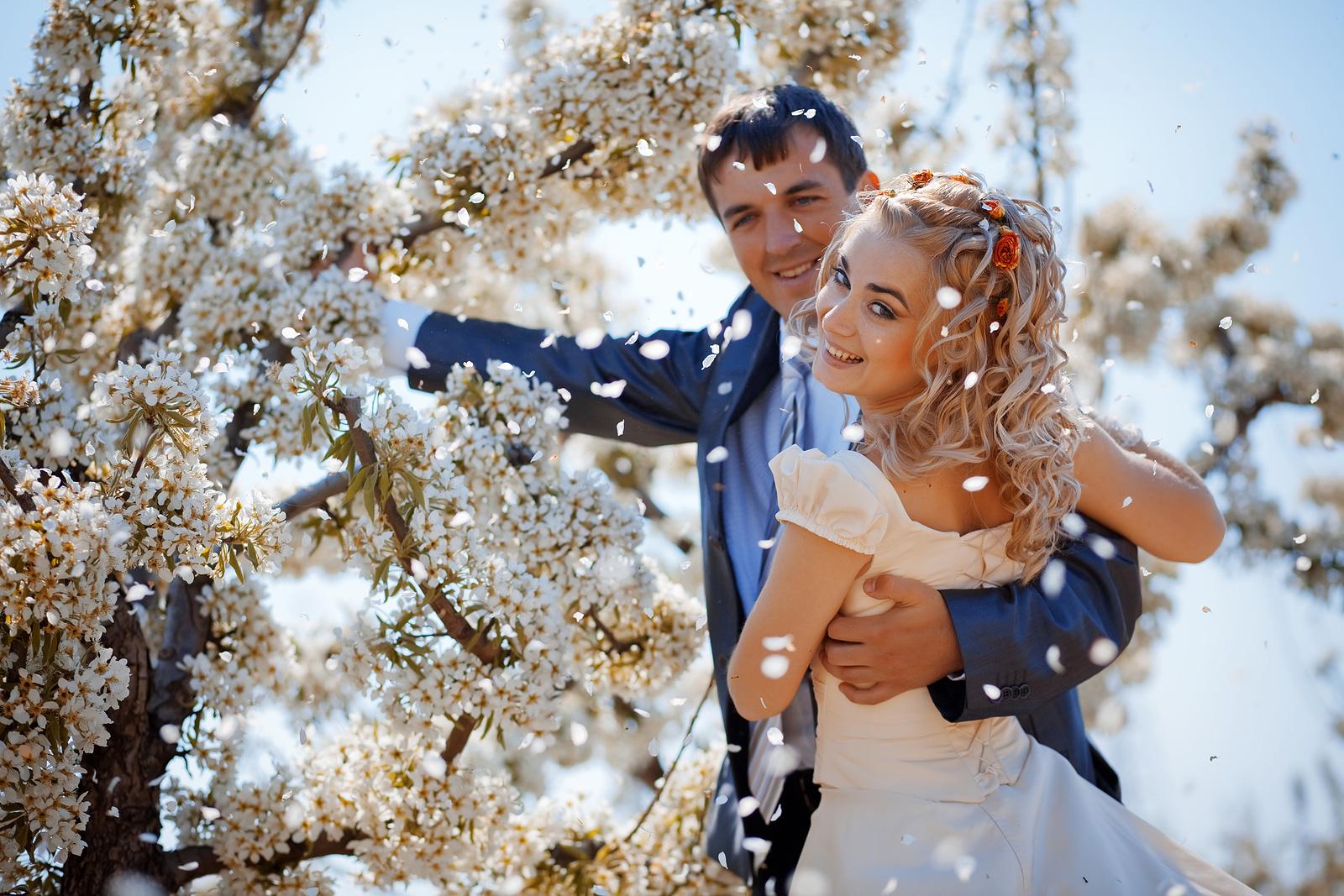 12 лет свадьбы  какая свадьба Никелевая шелковая